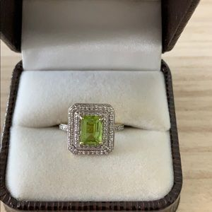 14K Gold, Diamond & Peridot Ring